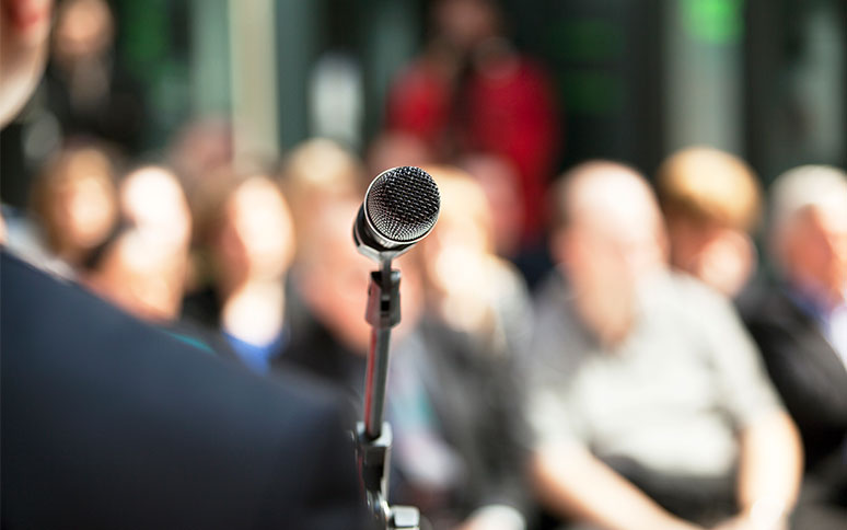 Energizing and Engaging Your Audience: Four Questions for Effective Public Speaking thumbnail