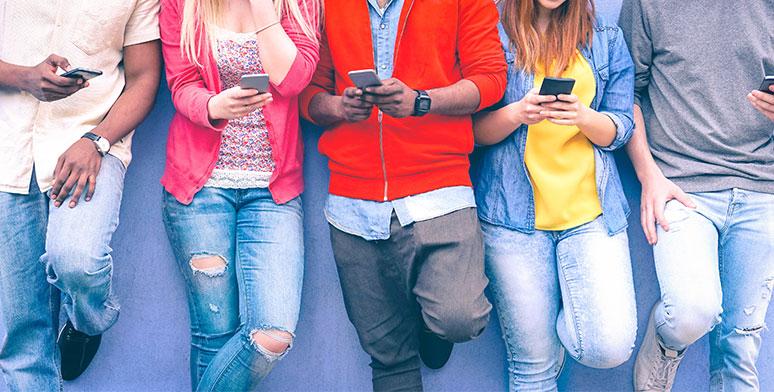 Tips for Employee Engagement on Social Media thumbnail